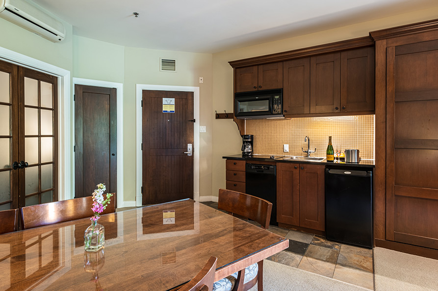 2 Bedrooms - Kitchenette and Dining Room